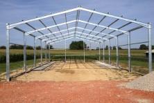 Batiment agricole structure metallique en acier