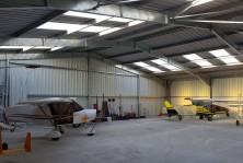 Hangar metallique pour avion